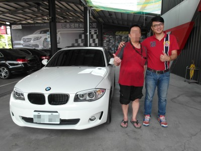 賀 2013 BMW 118d coupe 交車!!