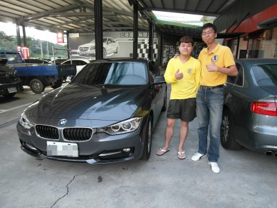 賀!!! 2014 BMW 318d 交車!!