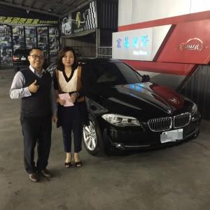 賀!!2012 BMW 520d 交車!!