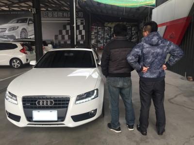 賀!!2010 Audi A5 交車!!!